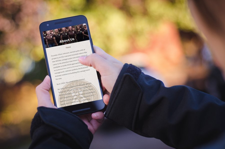Social Media on Smart Phone